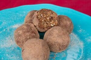Caramel Cinnamon Power Balls