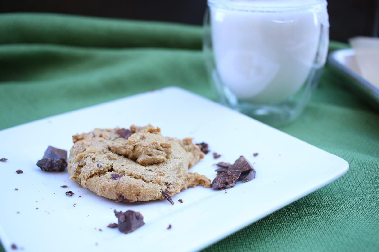 Tahini Cardamom Chocolate Chip Cookies | Vegan, Gluten-Free